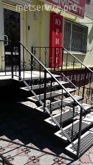 Огорожа на сходи