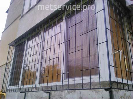 Решітка на вікна з відступом
