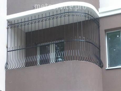Решітка на балкон з піками